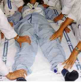 contencion-mecanica-pacientes-psiquiatricos-agudos
