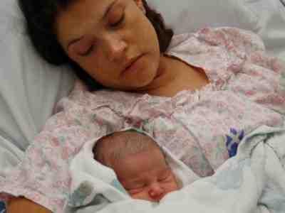 cuidados-enfermeria-postparto-puerperio