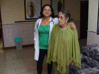 asistencia-residentes-hogar-ancianos